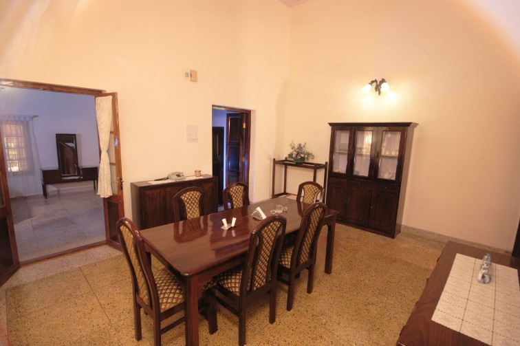 Dining at The Surgi Bungalow, Coorg