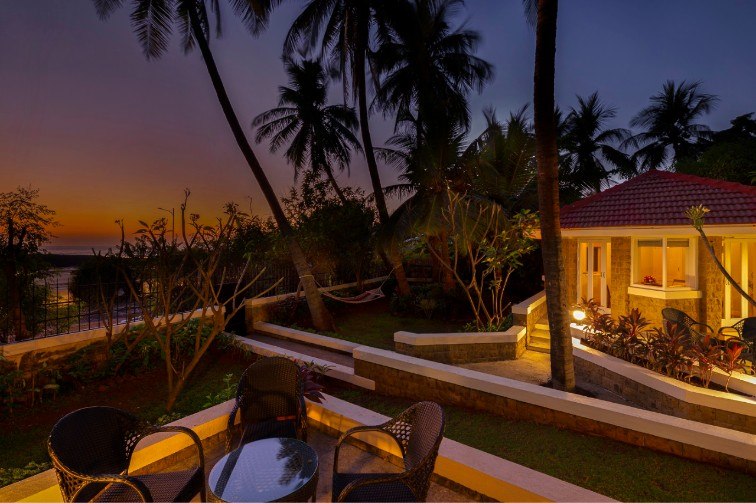 Fine Dining Experience in Mumbai at amã Stays & Trails Beach House Madh Island, Mumbai